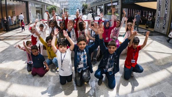 Bir Dilek Tut Derneği ve Dilek Çocukları, Dünya Dilek Günü'nü İstanbul Akvaryum'da Kutladı
