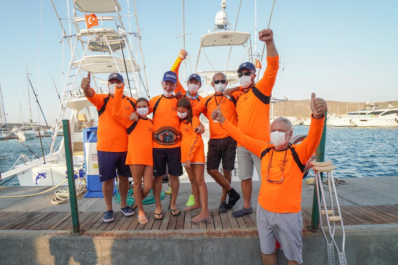 Avrupa'nın En Büyük Açık Balık Denizcileri Doğum Günlerini Bir Dilek Tut'a Bağışlıyor